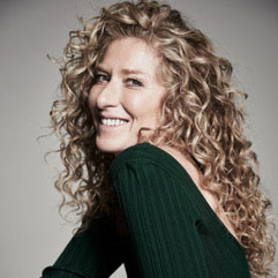 Kelly Hoppen by Focus…